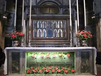St._Mark's_Basilica_(altar)