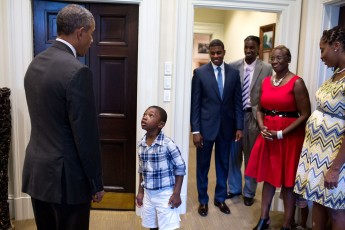 four-year-old_malik_hall_greets_president_obama